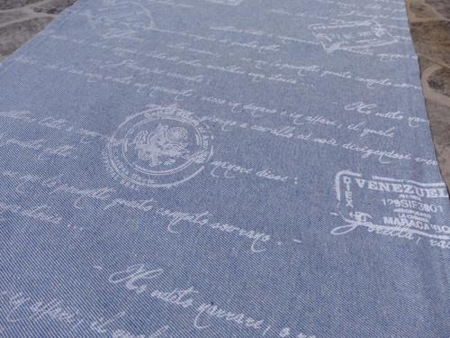 Běhoun Jeans - nápisy