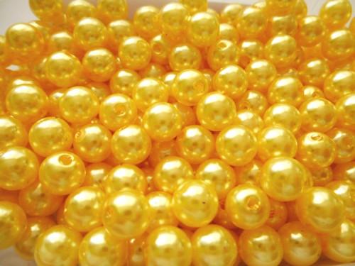 Akrylové perly světle žluté  8mm/30ks