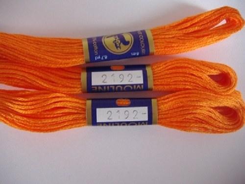 Vyšívací příze mouline - tmavě oranžová