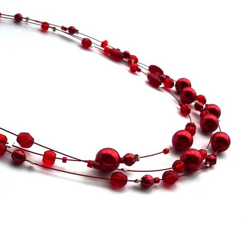 Červený třířadý náhrdelník