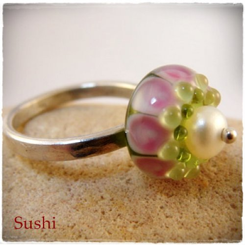Perla v květu