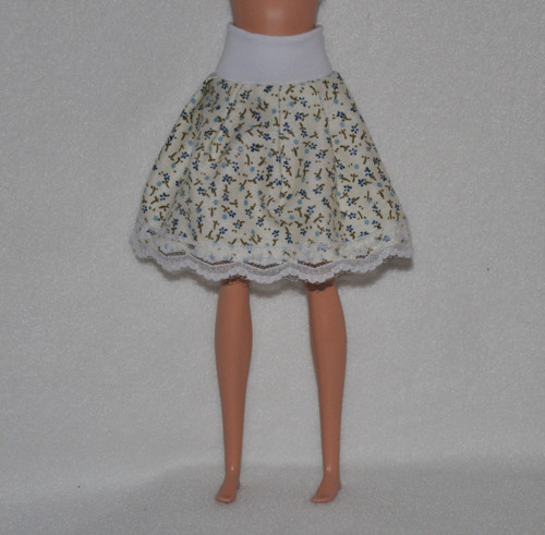 Barbie suknička 69