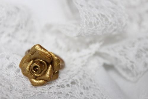 Růže jedné spanilé...prsten zlevněno z 80kč!