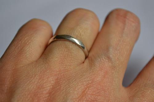 Něžně - prsten Ag IV