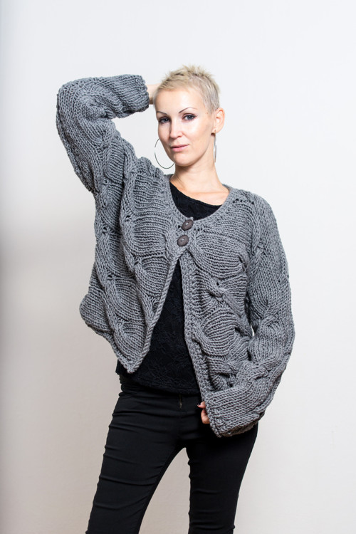 Pletený svetřík vel. M/L
