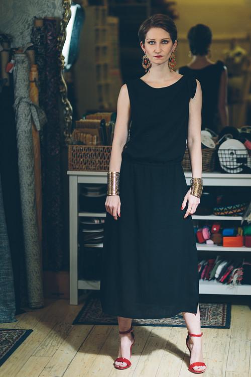 UZEL - vlněné šaty