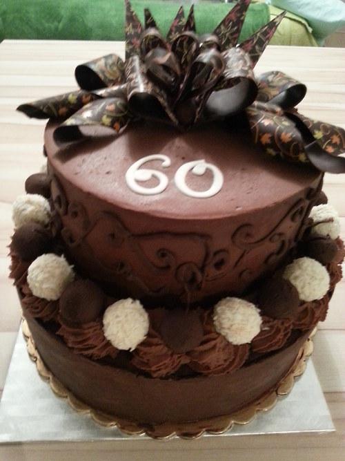 Luxusní čokoládový dort k výročí....