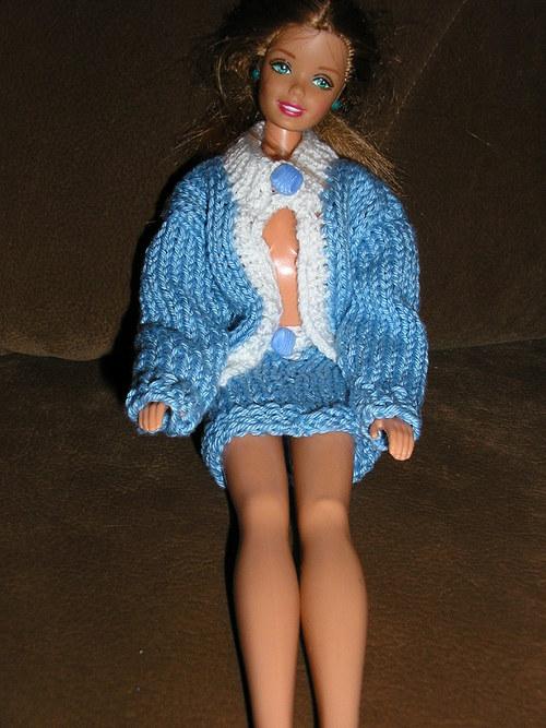 Svetr a sukně pro Barbie