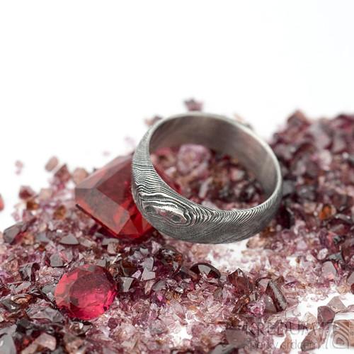 Siona - Kovaný zásnubní damasteel prsten, sk1866