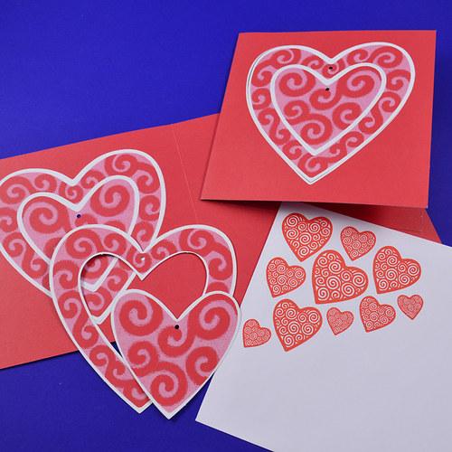 srdíčkové s ozdobama - 5ks přání + obálky