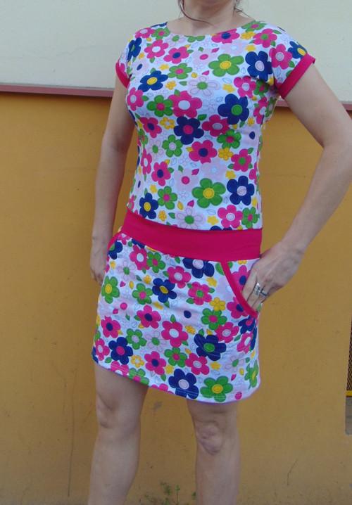 šaty podzimní květ s růžovou