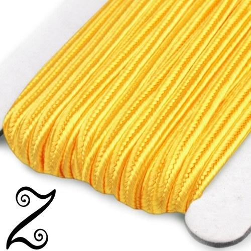 Sutaška, žlutá, 3 mm (1m)