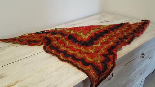 Trojcípý šátek - ručně pletený I.