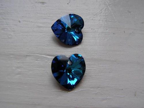 Swarovski srdce 14, 4x14 mm - Crystal Bermuda Blue
