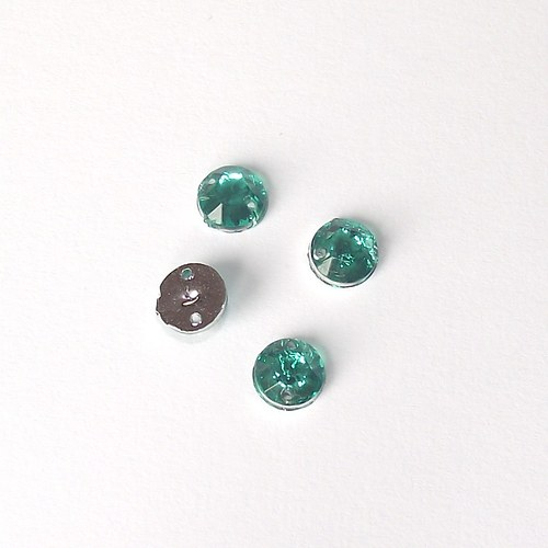 Plastový našívák - smaragdově zelený