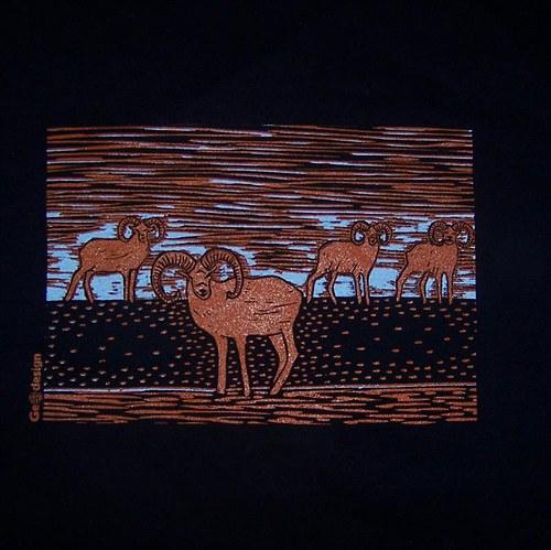 Tričko s muflony - černé
