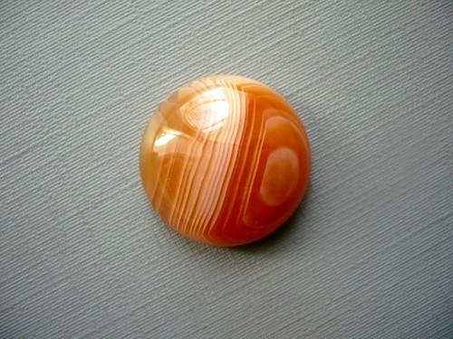 Kabošon - achát červený 20 mm, č.3w