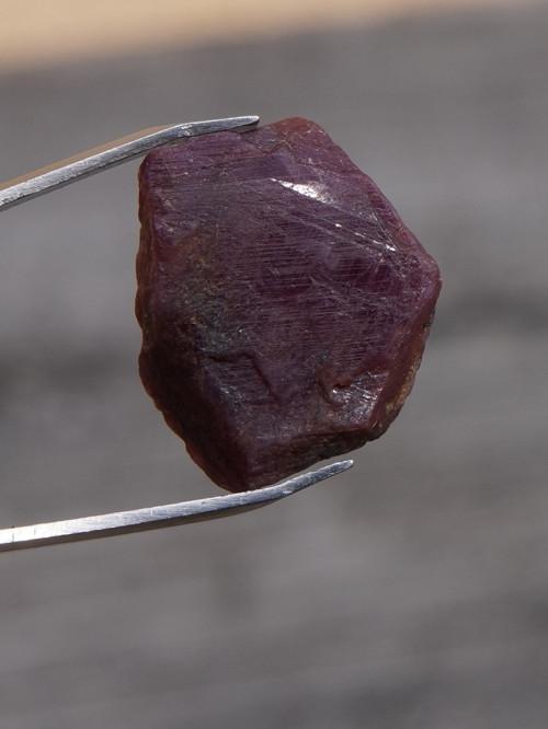 krystal -  rubín (18 mm)  J766