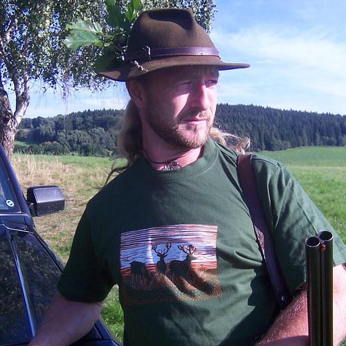 Tričko pro myslivce s jeleny - zelené