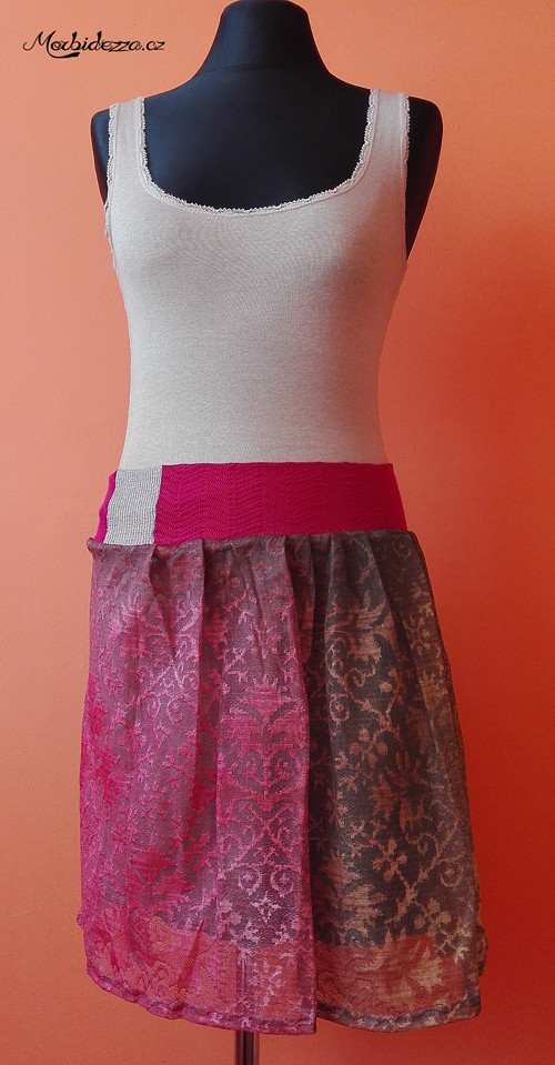 Sukně s teplou podšívkou a krajkovou látkou