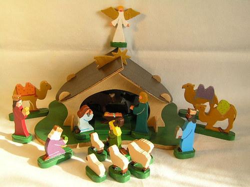 Betlém dřevěný 2 - vhodný jako hračka pro děti