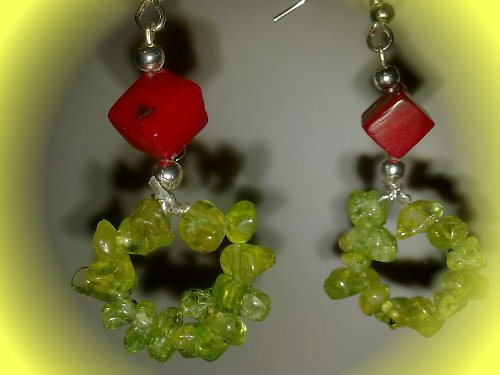 Náušnice z korálu a peridotu II.