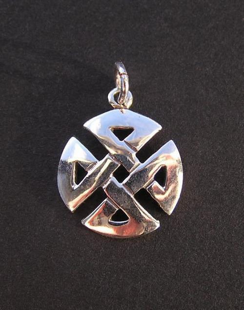 Keltský propletenec - stříbrný přívěsek