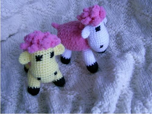 Ovečka v růžovém kožíšku