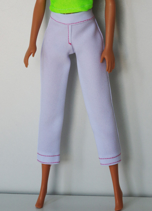 3/4 biele nohavice pre Barbie