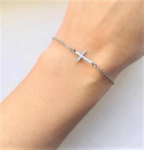 Ocelový náramek*jemný křížek naležato