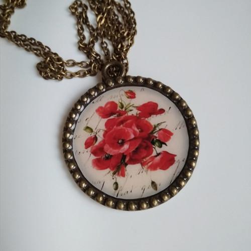 Vintage medailon dlouhý Vlčí máky