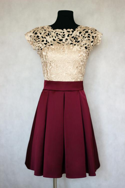 abb1d22adaca spoločenské šaty vo vintage štýlu s hrubou krajkou · Dyona