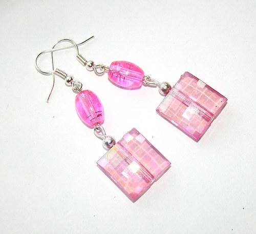 náušnice neonově růžové