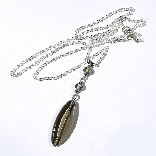 Náhrdelník šedostříbrný něžný