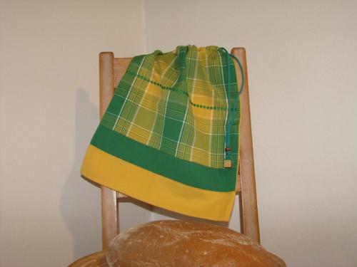 Kanafásek - žluto zelený s kvítky
