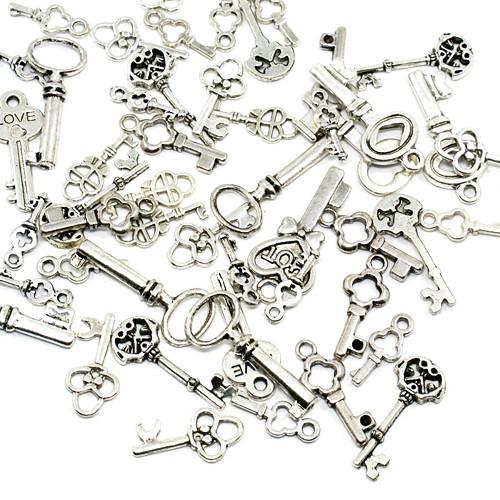 Klíče a klíčky antické stříbro mix