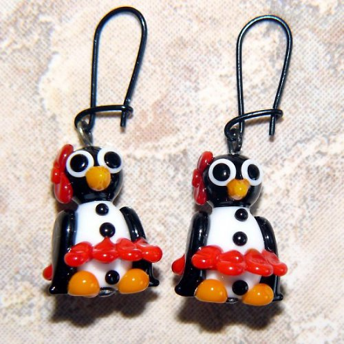 Náušnice tučňáčí holka v červené sukni