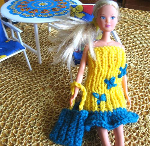 Šatičky na Barbie  Modrá je dobrá. Sleva 20%