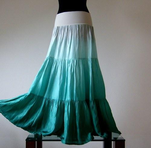 Voňavé svěží povětří...bohatá hedvábná sukně