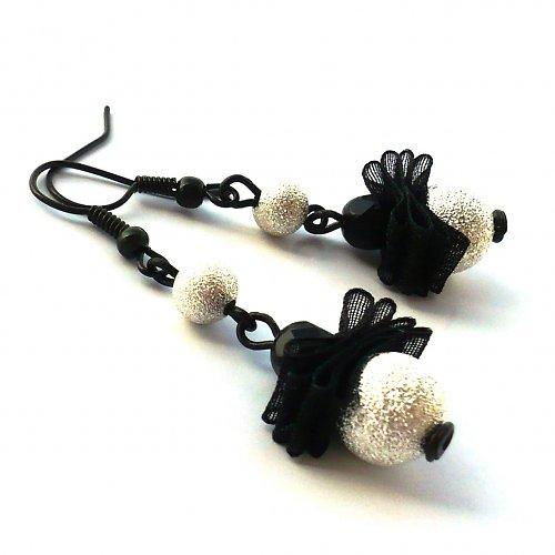 Černostříbrné třpytivé mini pompadůrky