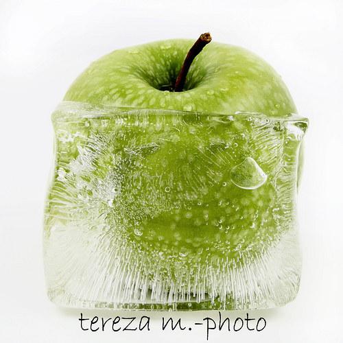 Jablko v ledu