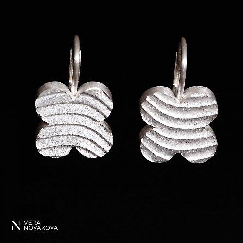 Náušnice Čtyřlístky na rovno stříbro