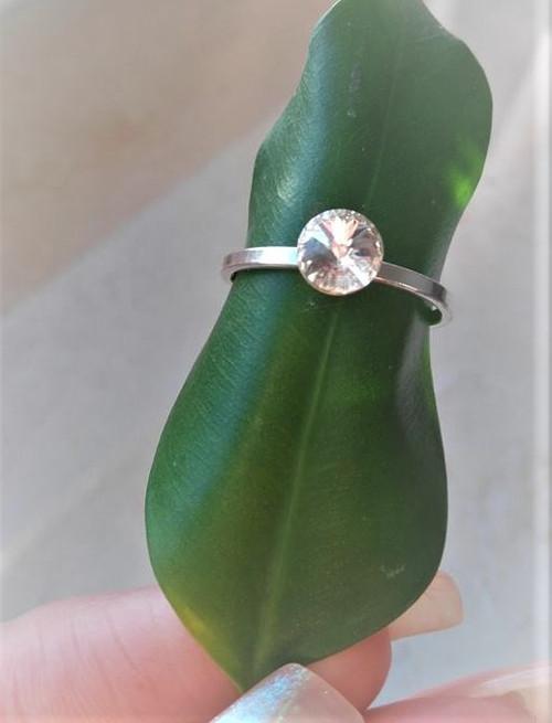 Něžný stříbrný prsten