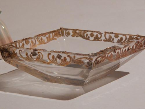 Kříšťálový hranovaný popelník se zlatem- luxusní