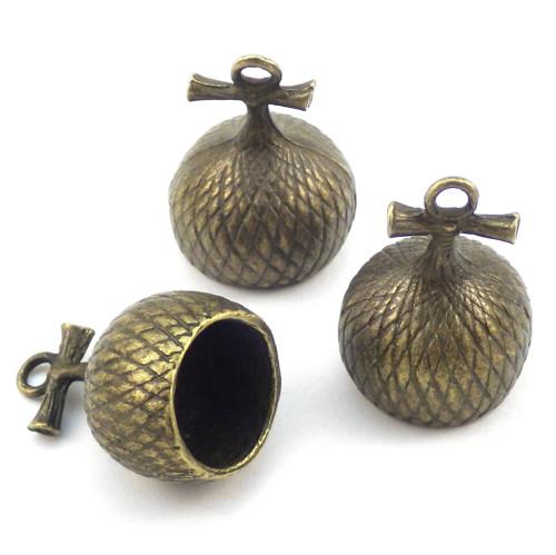 Velká bronzová žaludová čepička - kaplík