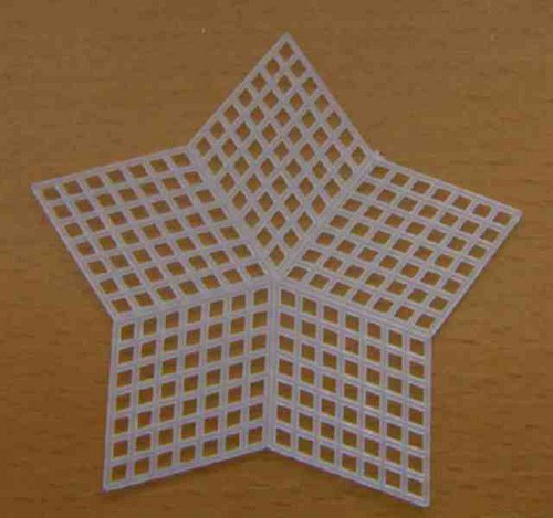 Plastová kanava - hvězda 7,5cm