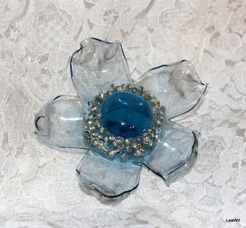 Krystalově sv. modrý květ - brož