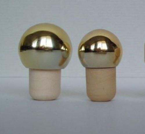 Korková zátka se zlatou nebo stříbrnou hlavou 1ks