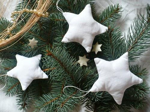 Vánoční ozdoby - bílé hvězdičky
