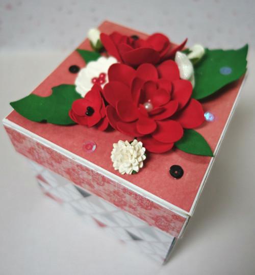 Zamilovaná darovací krabička